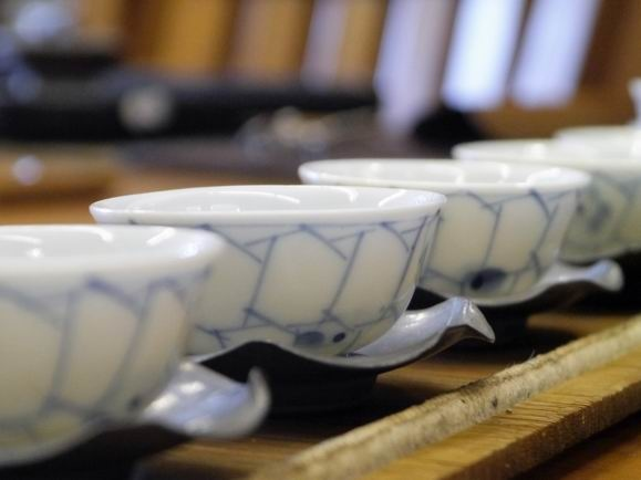 h51日本小瓷杯-5.JPG