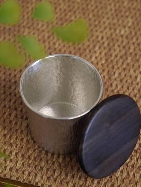 h59日本錫茶罐-2.JPG
