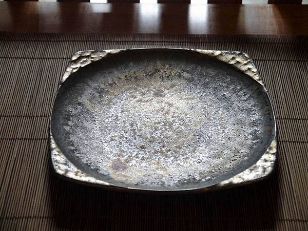 墨金方圓壺-2.JPG
