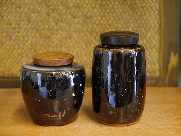 醬秞木蓋茶罐-2.JPG