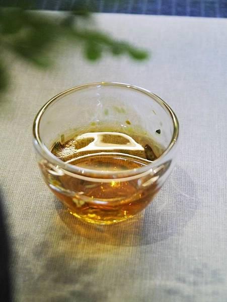 手工玻璃小喝杯-1.JPG
