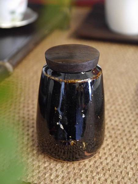 醬秞木蓋茶罐A-4.JPG