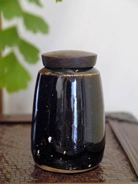 醬秞木蓋茶罐A-1.JPG