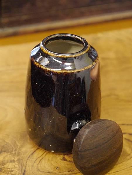 醬秞木蓋茶罐A-3.JPG