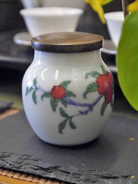 仙桃木蓋茶罐-4.JPG