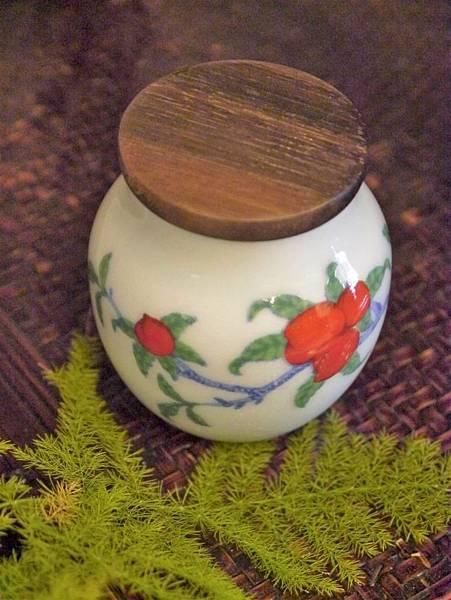 仙桃木蓋茶罐-2.JPG