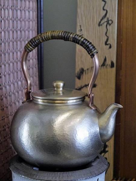 日本富貴堂手打銅錫壺-6.JPG