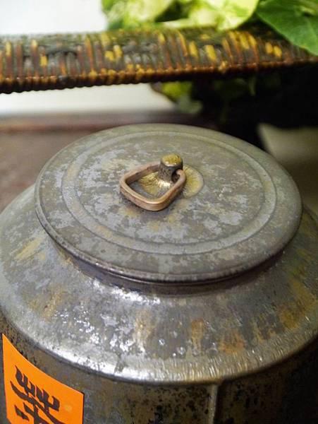 墨金半斤茶罐-3.JPG