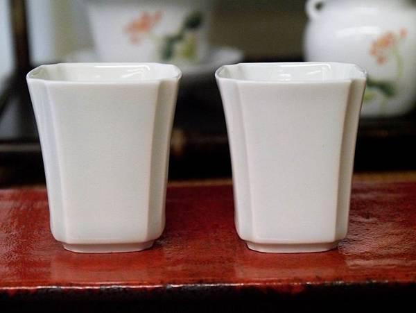 四角瓷杯30cc-4.JPG