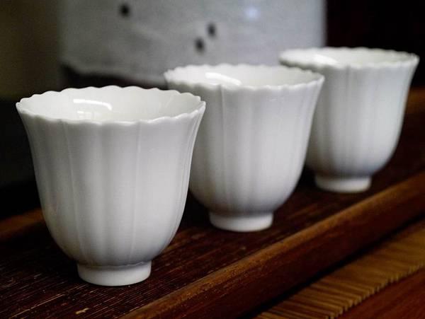 花口瓷杯-2.JPG