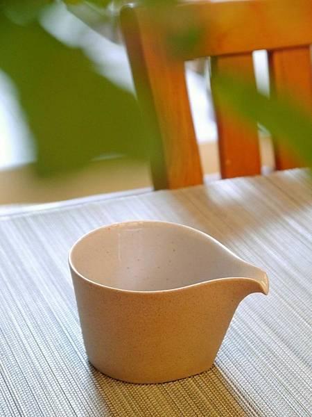 b10水滴形茶盅-1.JPG
