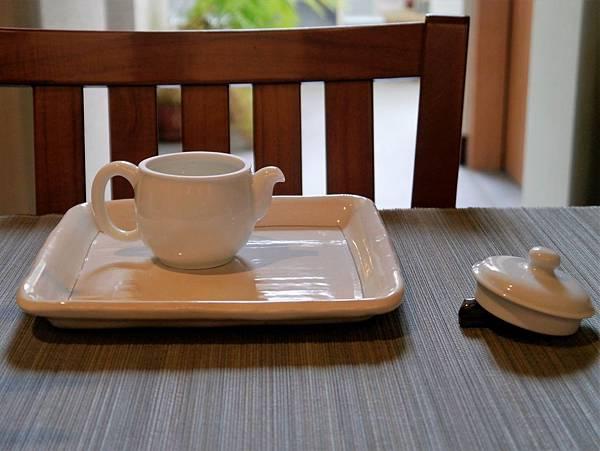 白茶具組系列1-5.JPG