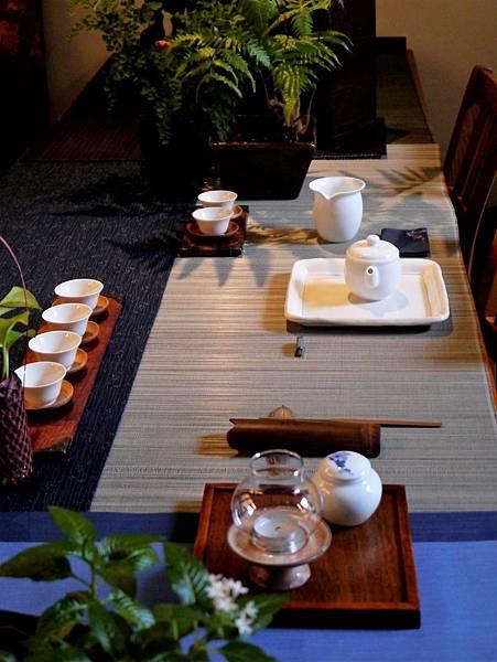 白茶具組系列1-1.JPG