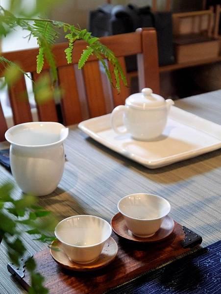 白茶具組系列1-3.JPG