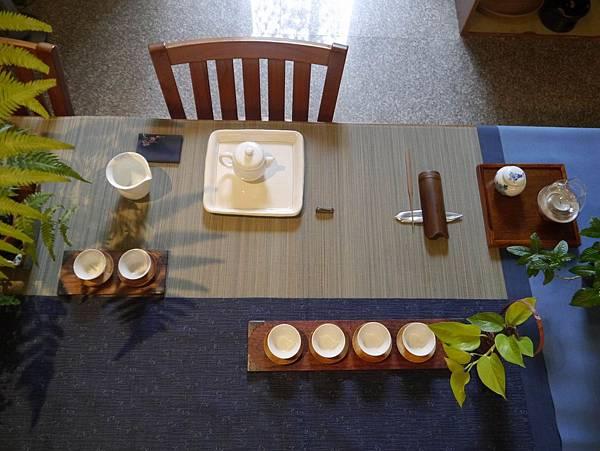 白茶具組系列1-2.JPG