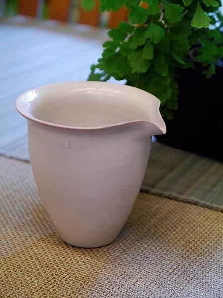e25-2白茶盅-5.JPG