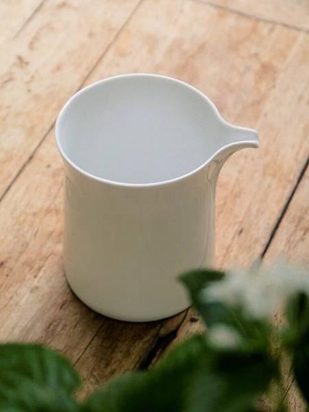 Q68白瓷茶盅-6.JPG
