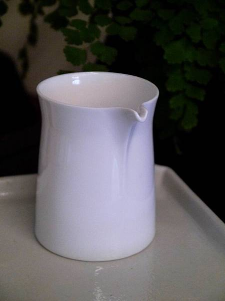 Q68白瓷茶盅-4.JPG