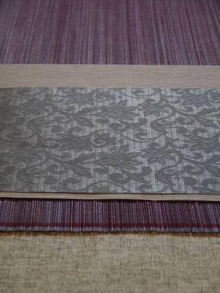 灰花紋紫色茶巾-2.JPG