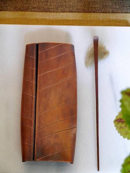m8葉脈紅銅手打茶則-6.JPG