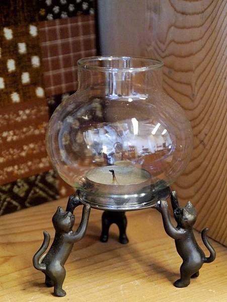 f22銅三隻小貓燭台-1.JPG