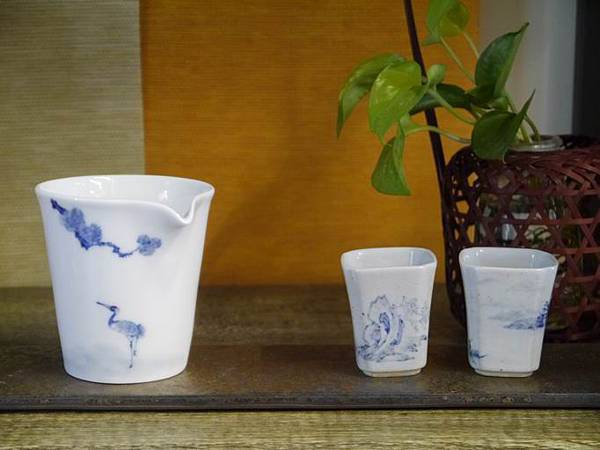 X28青花瓷茶盅-6.JPG