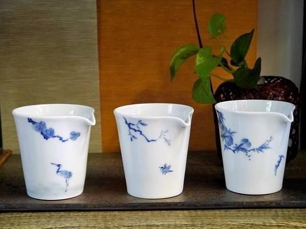 X28青花瓷茶盅-2.JPG