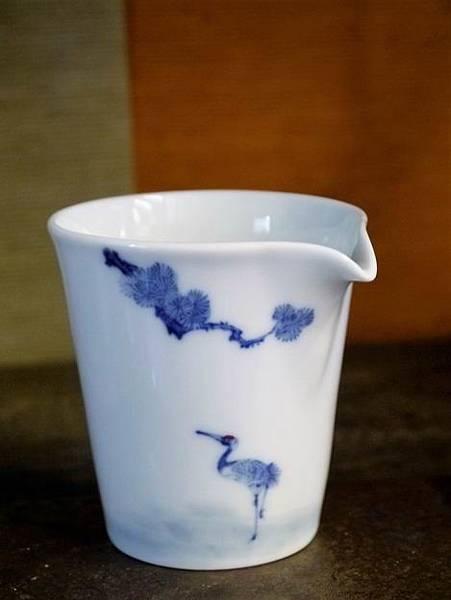 X28青花瓷茶盅-3.JPG