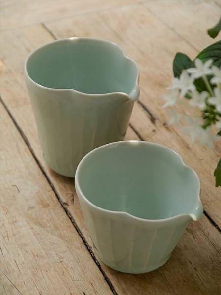 h91青瓷茶盅-1.JPG