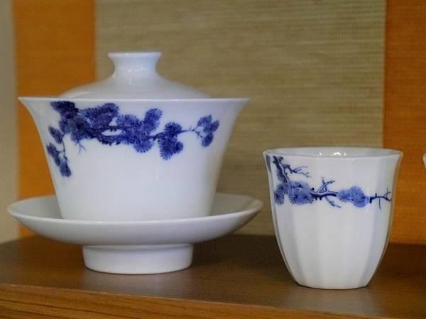 X17-1青花蓋杯-1.JPG