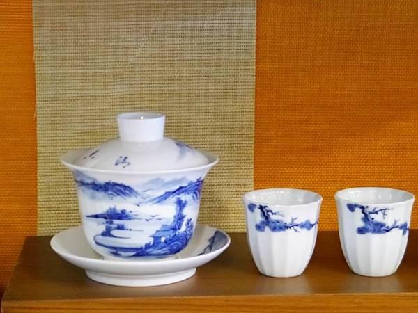 Q43青花山水蓋杯-1.JPG
