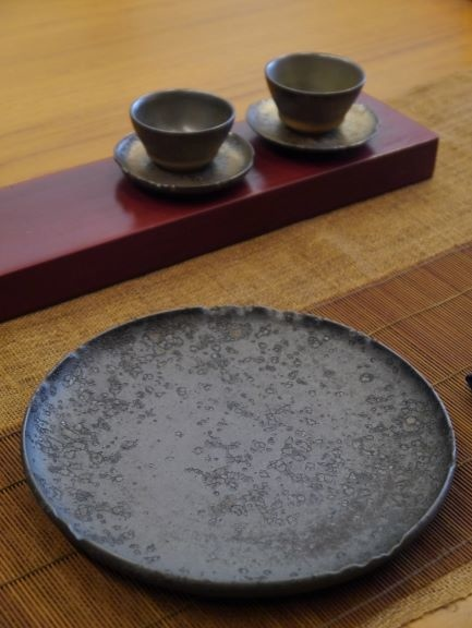 B23黑色壺承-1.JPG