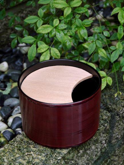 W73漆器木蓋水方-1.JPG