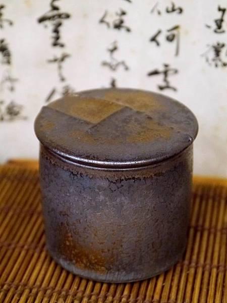 墨金茶罐A4I-4.JPG