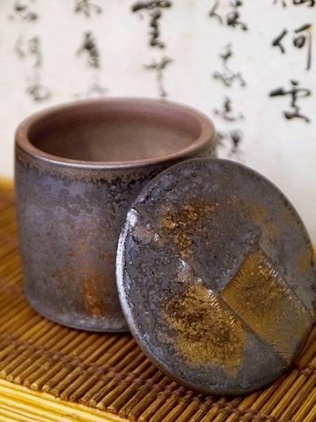 墨金茶罐A4I-2.JPG