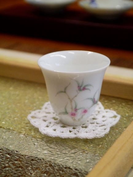 Q82花紋高瓷杯-5.JPG