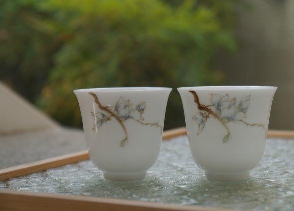 X20辛夷花手繪瓷杯-4.JPG