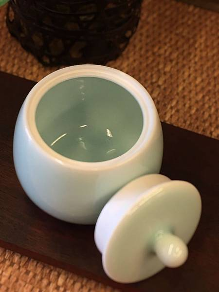 N36淡青瓷茶罐-4.jpg