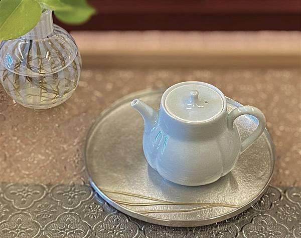 柿形瓷壺-6.jpg