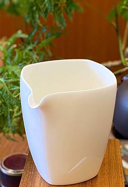 四方瓷白茶盅-3.jpg