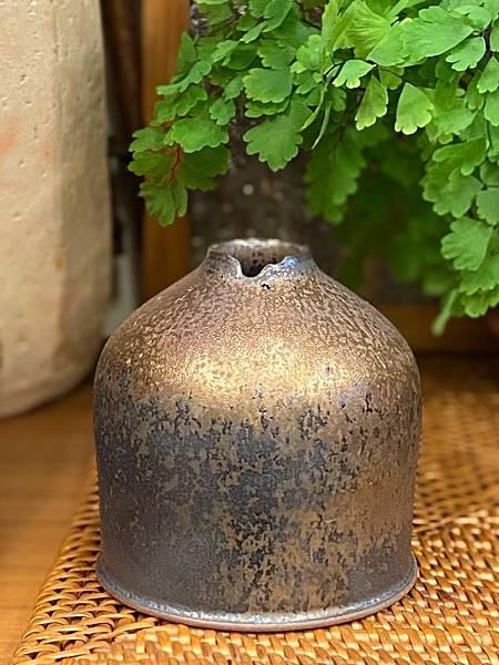 墨金小花器a1-1.jpg