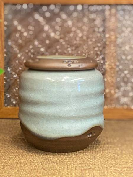 A46冰青蝕洞茶罐-5.jpg