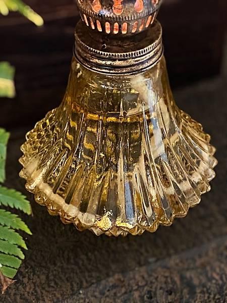 日本老油燈-4.jpg
