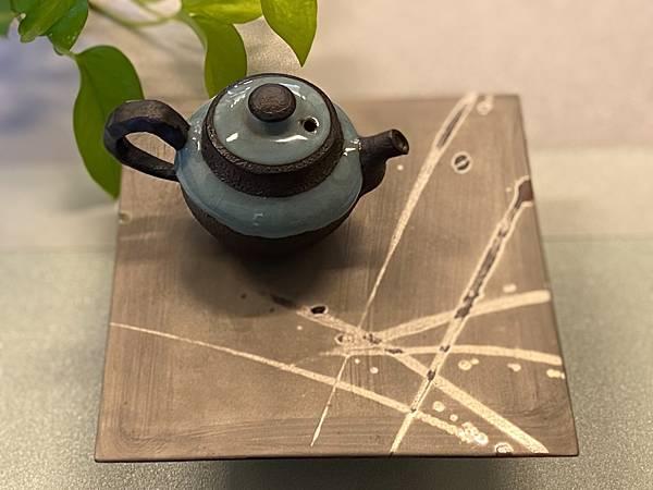 日本金銀釉創作立體陶盤-4.jpg