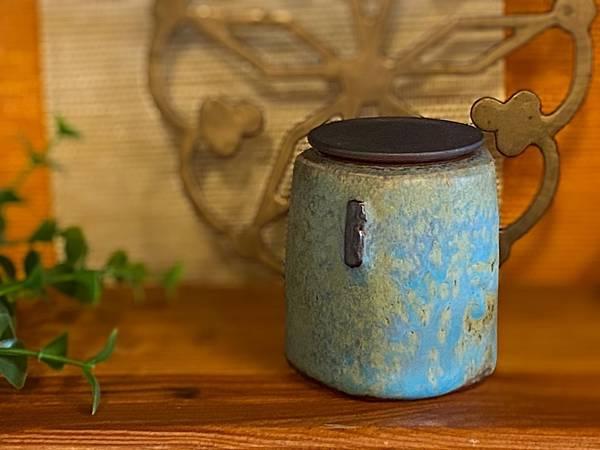 湖綠茶罐A2-1.jpg