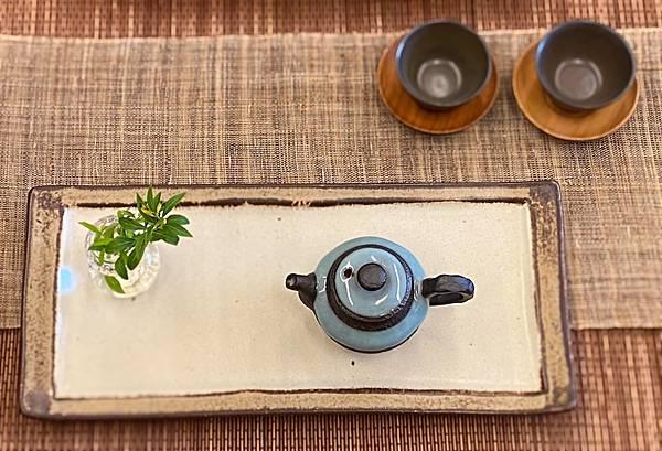 e51日本陶長盤-1。.jpg