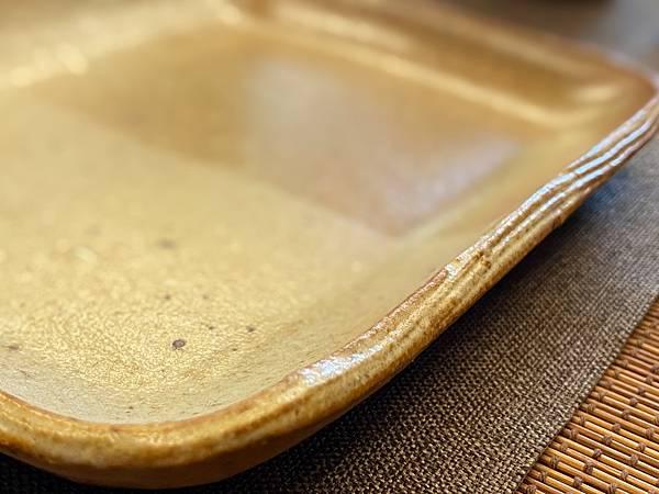 e49日本棕色陶盤-4.jpg