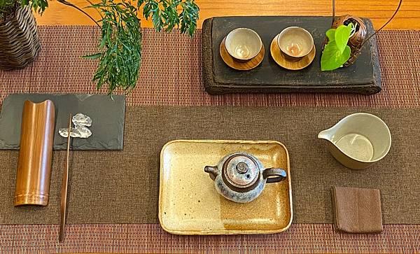 e49日本棕色陶盤-2.jpg