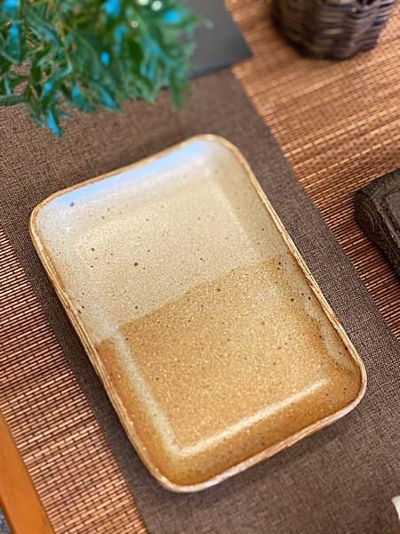 e49日本棕色陶盤-3.jpg
