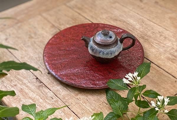 陳麗寬陶壺-1.jpg